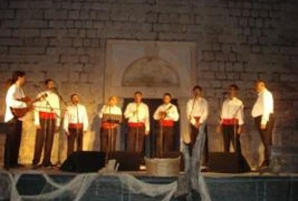 Aid concert of Klapa Cambi Split in Slano